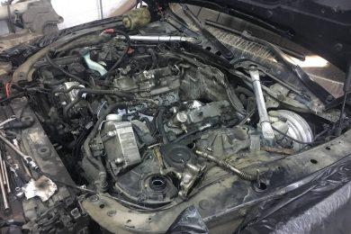 Течь подающих трубопроводов смазки турбин BMW F02 750