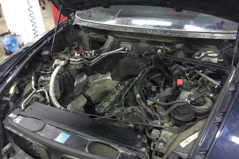 Отсутствует компрессия в нескольких цилиндрах БМВ Х5 Е70, ремонт двигателя.