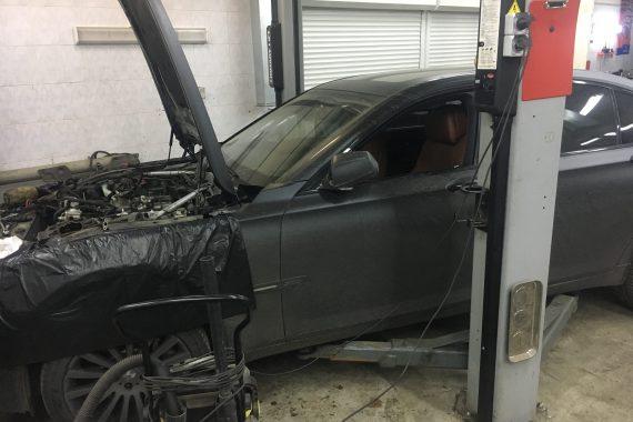 BMW F02 750 Течь подающих трубопроводов смазки турбин