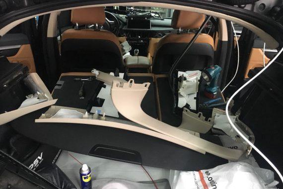 Установка оригинальной камеры заднего вида ICAM BMW F16
