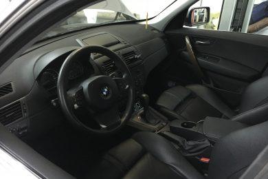 Разрядка аккумулятора в BMW X3 (E84)