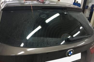 Проникла вода в дополнительный стоп-сигнал в BMW F25