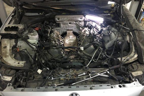 Замена прокладок коллектора БМВ м5 ф10