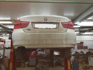 BMW Е90 замена прокладки головки блока цилиндров и нарезка резьбы