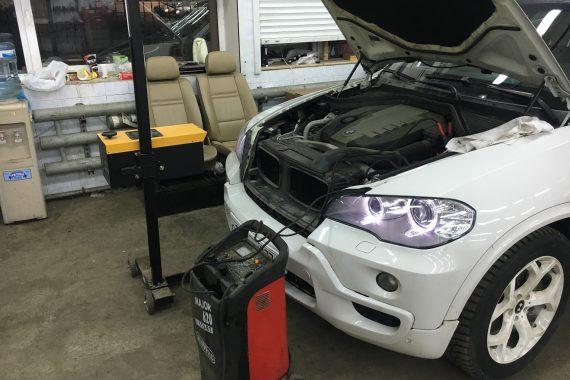 Замена фар на BMW X5 E70