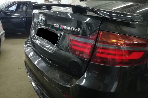 Установка электропривода багажника BMW X6M (E71)
