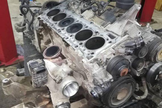 Стабилизация двигателя в BMW F07 GT (530DX)