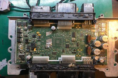 Ремонт блока управления двигателем в BMW F10 (N52)
