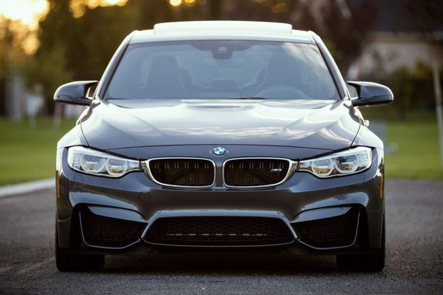Замена лобового стекла BMW